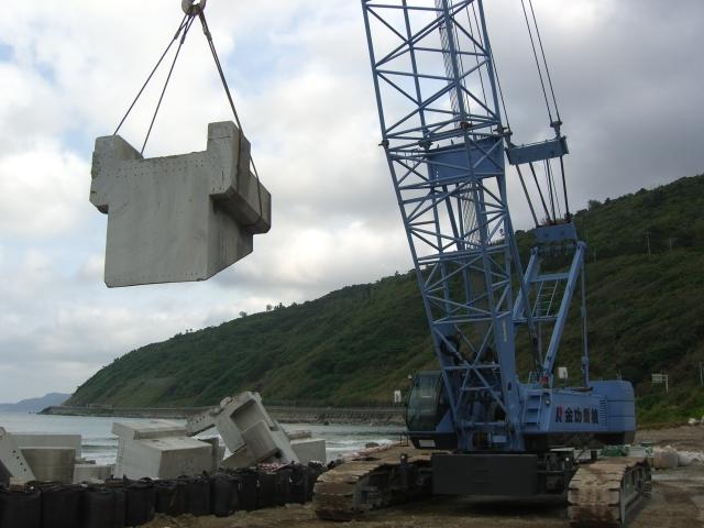 2010年度沖縄(佐手橋下部ワイヤーソー切断工事)